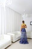Senhora no vestido elegante foto de stock royalty free