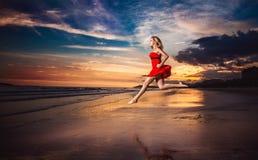 Senhora In Red Imagens de Stock Royalty Free