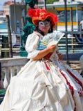 Senhora Venetian no traje Imagens de Stock