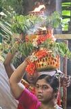 Senhoras dentro do templo com de Bonalu Imagens de Stock Royalty Free
