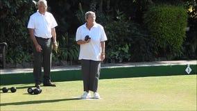 Seniorów puchary na kręgle zieleni zdjęcie wideo