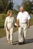 seniorów target1690_1_ Zdjęcia Royalty Free