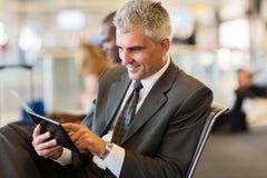 Senior businessman airport Royalty Free Stock Photos