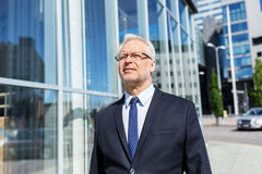 Senior businessman on city street Royalty Free Stock Photos