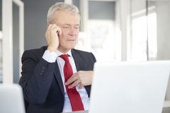 Free Senior Businessman In The Office Royalty Free Stock Photography - 89456617