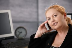 Senior businesswoman at work Royalty Free Stock Photos