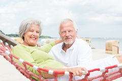 Senior couple at beach Royalty Free Stock Photos