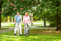 Senior couple with bicycles Royalty Free Stock Photos