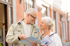 Senior couple on city street Royalty Free Stock Photography