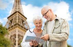 Senior couple on city street Royalty Free Stock Images