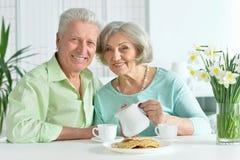 Senior couple drinking tea Royalty Free Stock Images