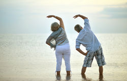 Senior couple exercising Royalty Free Stock Image