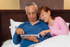 Senior couple learn new technology Royalty Free Stock Photo