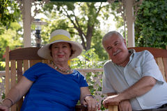 Senior couple looking at camera Royalty Free Stock Photography