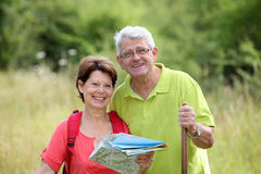 Senior couple looking at map Royalty Free Stock Photography