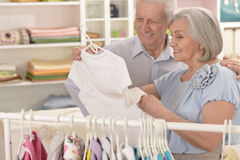 Senior Couple  Shopping Royalty Free Stock Images