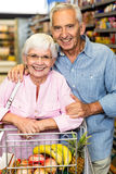 Senior couple shopping together Royalty Free Stock Images