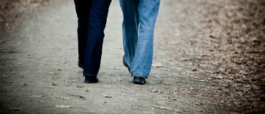 Senior couple walking Royalty Free Stock Image