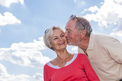 Senior coupleat summer trip Royalty Free Stock Images