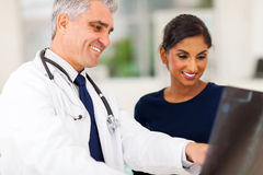 Senior doctor patient Royalty Free Stock Images