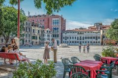 Happy tourists in Italian romantic summer environment Royalty Free Stock Photography