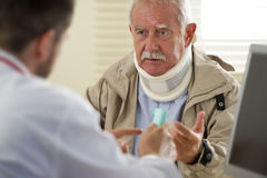 Senior man at the doctor Royalty Free Stock Photography
