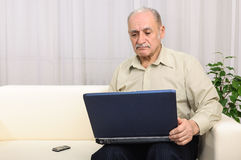 Senior man internet computer problem Royalty Free Stock Photo