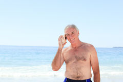 Senior man listening Royalty Free Stock Photography
