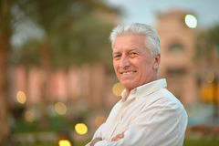 Senior man  near hotel Royalty Free Stock Photos