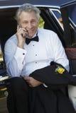 Senior Man Using Cellphone Royalty Free Stock Images