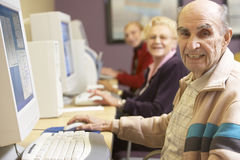 Senior man using computer Royalty Free Stock Image
