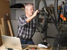Senior man working Royalty Free Stock Photo