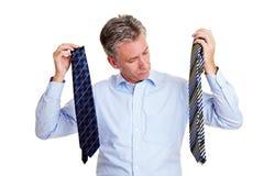 Senior Manager, der eine Gleichheit auswählt Lizenzfreies Stockfoto