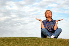 Senior meditation/praise Royalty Free Stock Photography