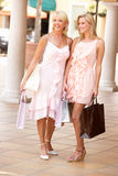 Senior Mother And Daughter Enjoying Shopping Royalty Free Stock Photography