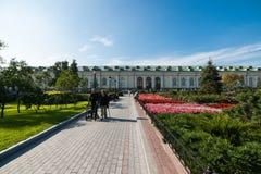 Senior people in the Alexander garden of Moscow Kremlin Stock Images