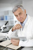 Senior scientist in laboratory Royalty Free Stock Photography