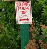 Senior& 'sexy' x27; estacionamento de s fotos de stock royalty free