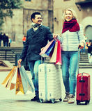 Senior tourists with shopping bags Royalty Free Stock Photography