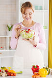Senior woman in the kitchen Royalty Free Stock Photography