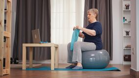 Senior woman training online
