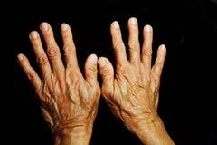 Senior& x27; изолированные руки s, Стоковые Фото