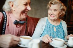 Seniors in restaurant Royalty Free Stock Photos