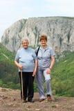 Seniory na chodzącym dzień Fotografia Royalty Free