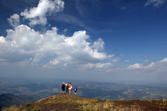 Seniory w górach Zdjęcia Stock