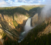 Senken Sie Fälle des Yellowstone Lizenzfreies Stockbild