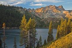 Senken Sie Sardine See, Nordkalifornien Lizenzfreie Stockfotos