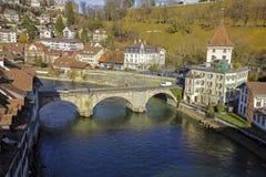 Senken Sie Tor-Brücke in Bern, die Schweiz Lizenzfreies Stockfoto