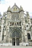 Senlis-Kathedrale, Frankreich Lizenzfreie Stockfotos