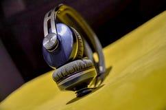 Sennheiser Momentun sull'orecchio fotografie stock libere da diritti